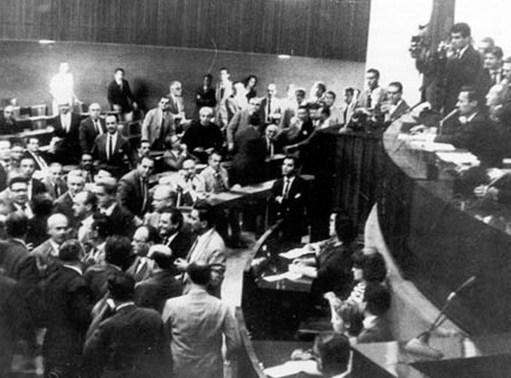 Resultado de imagem para sessão da camara 1 de abril de 1964